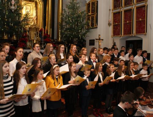 Koncert kolęd w wykonaniu uczniów Szkoły Muzycznej w Tuchowie