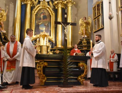 Triduum Paschalne w sanktuarium Matki Bożej w Tuchowie